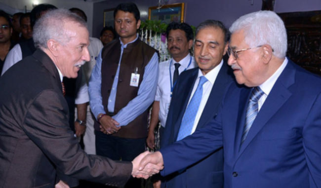 H.E. HAMZA YAHIA-CHERIF, AMBASSADOR OF ALGERIA TO INDIA received by HE. MR MAHMOUD ABBAS, PRESIDENT OF THE STATE OF PALESTINE.